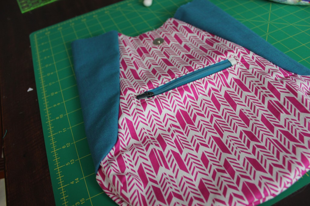 241 tote - inside pocket, by stitchified
